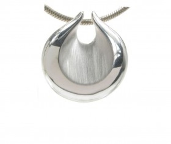 "Polished and brushed silver shell pendant with 18 - 20"" Silver Chain"