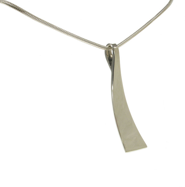 "Sterling Silver Shoe Horn Pendant with 18 - 20"" Silver Chain"